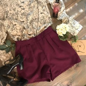 Vintage plum high waisted shorts with pockets